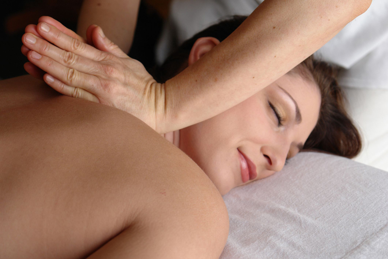 Treating-Neck-Pain-Naturally-with-Acupuncture-Boulder
